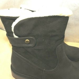 Olive Street Shoes - Tressa Womens Faux Shearling Lined Bootie Boots